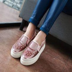 JY Shoes - Studded Platform Slip Ons