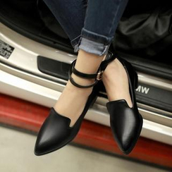 Pangmama - Ankle-Strap Pointy Loafers