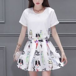 Cobogarden - Set: Short-Sleeve Print Top + Print Pleated Skirt