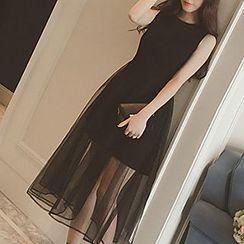 Jolly Club - Sleeveless Tulle Dress