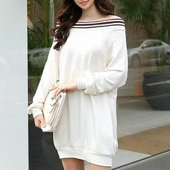 MayFair - Off-Shoulder Long Pullover