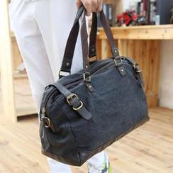 Yiku - Belted Shoulder Bag