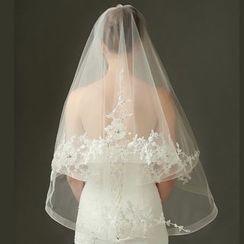 constello - Lace Appliqué Wedding Veil