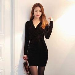 DABAGIRL - V-Neck Velvet Bodycon Dress with Sash