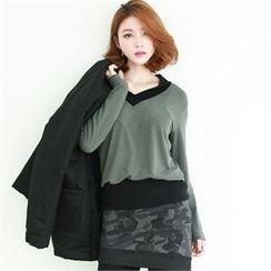 GLAM12 - V-Neck Long T-Shirt
