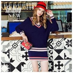 Ozipan - Set: V-Neck Contrast-Stripe Knit Top + Contrast-Stripe Knit Skirt