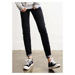 HOTBOOM - Slim-Fit Jeans (7 Colors)
