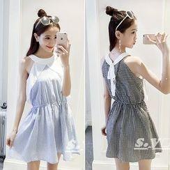 QZ Lady - Sleeveless Tie Waist Dress