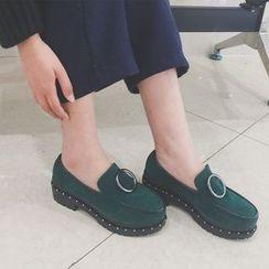 Charming Kicks - 厚底扣带乐福鞋