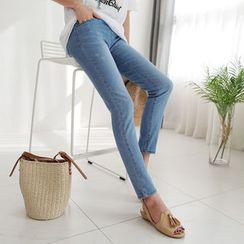 CLICK - Elastic-Waist Skinny Jeans