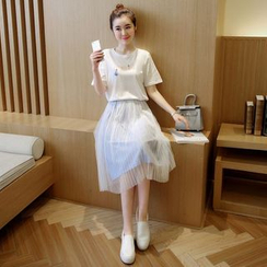 EFO - Set: T-Shirt + Mesh Pleated Skirt