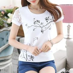 Twinkle Star - Lace Short-Sleeve Print T-Shirt