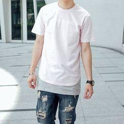 SeventyAge - Lettering Mock-Two Long Short-Sleeve T-Shirt