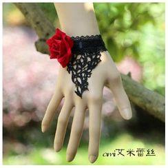 Amina - Lace Rose Bracelet