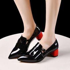 錦洋鞋業 - 粗跟漆皮樂福鞋