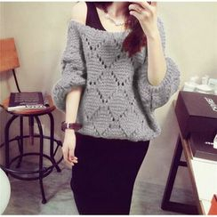 Silky Kiss - 3/4-Sleeve Cable Knit Sweater