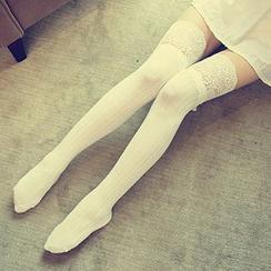 Dream Girl - 蕾丝边长款袜子