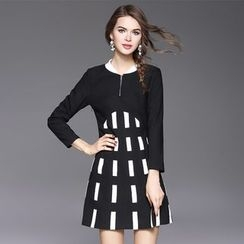 Ozipan - Long-Sleeve Paneled Zip-Accent Dress