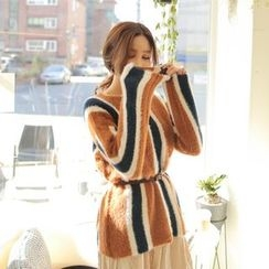 Cherryville - Striped Furry Sweater