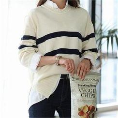 CHICFOX - Crewneck Striped Sweater