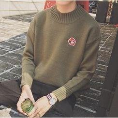 优凡士品 - 小高领刺绣毛衣