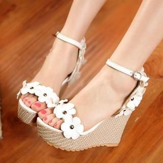 77Queen - Flower-Accent Wedge Sandals
