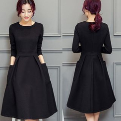 EFO - Long-Sleeve Plain A-Line Dress