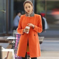 Alisha - Double-Breasted Coat