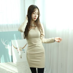 Dodostyle - Cutout-Neckline Sheath Dress