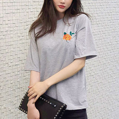 chuu - Short-Sleeve Rose-Embroidered T-Shirt