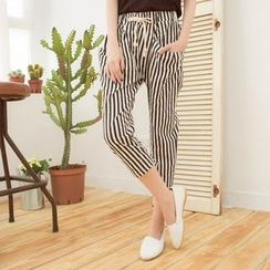 Tokyo Fashion - Drawstring-Waist Patterned Capri Pants