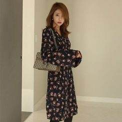 PPGIRL - Bell-Sleeve Floral Print Shirtdress