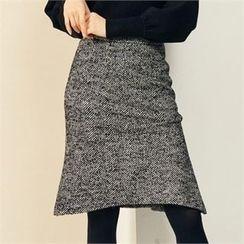MAGJAY - Ruffled-Hem Herringbone Skirt