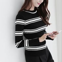 CLICK - Striped Knit Top