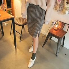Cherryville - Slit-Side Striped Skirt
