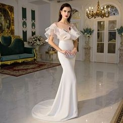 Coeur Wedding - Swan Embroidered Short Ruffle Sleeve Evening Gown