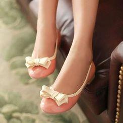 幸福鞋坊 - 漆皮蝴蝶结平跟鞋