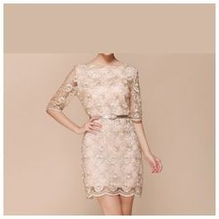 Strawberry Flower - Embroidered Elbow-Sleeve Sheath Dress