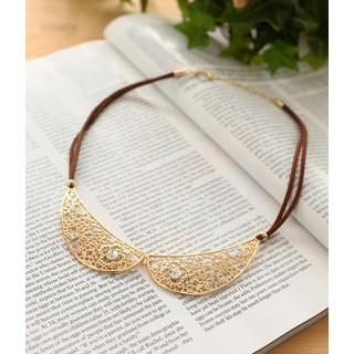 Petit et Belle - Perforated Collar Necklace