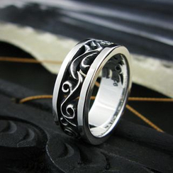 Sterlingworth - Tinted Engraved Sterling Silver Ring