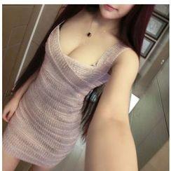 Silkfold - Strappy V-Neck Sheath Party Dress