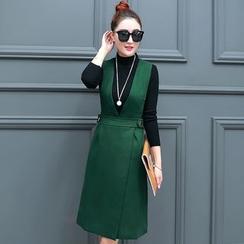 Jolly Club - Set: Long-Sleeve Mock-Neck Knit Top + Jumper Dress