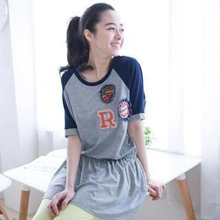 CatWorld - Appliqué Raglan T-Shirt Dress