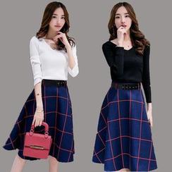 Enjoi - Set: V-Neck Long-Sleeve Top + Check Midi Skirt
