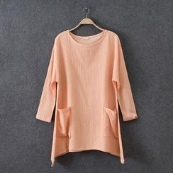 Rosadame - Round-Neck T-Shirt