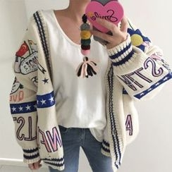 DISCOSALON - V-Neck Appliqué Cardigan