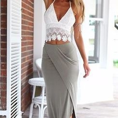 Flobo - Set: Sleeveless Crochet Top + Maxi Skirt