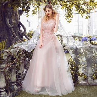Nidine - Lace Bridal Gown