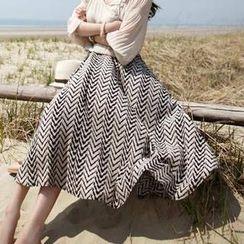 Jolly Club - Chevron Print Maxi Skirt