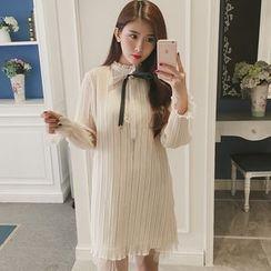 Smitti - Bow Stand-collar Chiffon Dress